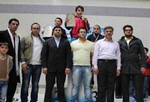 استقبال گسترده شناگران پسر تهرانی از جشنواره شنای دهه فجر