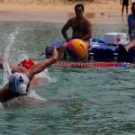 تیم ملی واترپلو ساحلی ایران در سومین دیدار خود در رقابت های واترپلو ساحلی تایلند در یک دیدار پایاپای تنها با اختلاف یک گل بازی را به کویت واگذار کردند.
