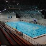 تداوم تعطیلی پایگاه های قهرمانی شنا در اکثر استان های کشور در حالی است که رقابتهای انتخابی المپیک و مسابقات قهرمانی آسیا در پیش است. قطعا کسب سهمیه در هر کدام از رشته های آبی میتواند به عنوان نقطه عطفی برای ورزش کشور تلقی شود.