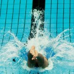 سومین مرحله از سیزدهمین دوره مسابقات شنای قهرمانی باشگاههای کشور (جام خلیج فارس) از روز پنجشنبه (15 بهمن 1394)  در استخر قهرمانی آزادی آغاز میشود.