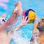 مسابقات واترپلو قهرمانی مردان اروپا با تساوی یونان و مجارستان در حساس ترین بازی و موفقیت سایر تیمهای مدعی در دور گروهی ادامه یافت.