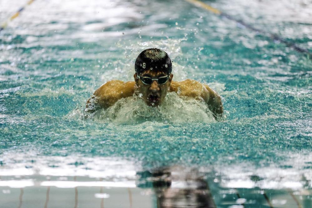 مهدی انصاری شناگر تیمملی ایران میگوید یکی از شانس های کسب سهمیه در رقابتهای انتخابی المپیک است.