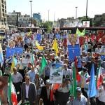 خانواده بزرگ شنا، شیرجه و واترپلوی ایران هم پای سایر آحاد ملت بزرگ ایران در راهپیمایی روز قدس شرکت کردند.