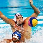 در نهمین روز از آغاز مسابقات ورزشهای آبی در المپیک ریو 2016، یک طلا و نقره در شیرجه به چین رسید و تکلیف تیمهای حاضر در مرحله یکچهارم نهایی واترپلو مردان مشخص شد.