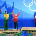 در هفتمين روز از مسابقات ورزشهای آبی المپیک، مایکل فلپس نقره ١٠٠ متر پروانه را با رقيبان هميشگي اش تقسيم كرد درحالي كه لدكي ١٩ ساله ركورد جهان را در ٨٠٠متر آزاد زنان شكست.