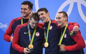 نتایج کامل روز دوم ورزشهای آبی المپیک ریو/ فلپس همچنان طلا می گیرد