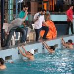 دومین مرحله از مسابقات لیگ شنای خراسان رضوی با عنوان لیگ شهيد عليرضا نجفي گراميداشت هفته دفاع مقدس با معرفي افراد برتر پايان يافت .
