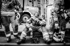 ابراز همدردی خانواده شنای ایران با آتشنشانان حادثه پلاسکو