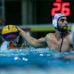 از 8 سالگی به استخر کارگران اصفهان رفت و با شرکت در کلاس های آموزشی شنا، این ورزش را به خوبی فرا گرفت.