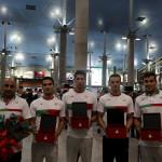 صبح امروز (یکشنبه) تیم ملی شنا همراه با گروهی از کاروان ورزشی ایران در بازیهای آسیایی جاکارتا وارد تهران شد.