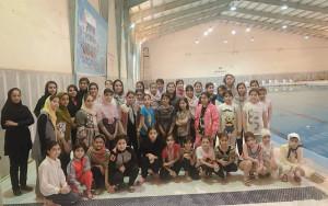 برگزاری مسابقات شنا دختران اروند به مناسبت شکست حصر آبادان