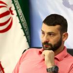 سرمربی تیم ملی واترپلو گفت: آرزوی من این است که با ایران قهرمان المپیک شوم. زمانی که من کاری را از بازیکنانم بخواهم که توانایی انجام آن را داشته باشند، با اجرای آن خوشحال خواهم شد.