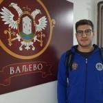 ملیپوش واترپلو گفت: از دو تیم صربستانی پیشنهاد دارم ولی برای من تیم ملی در اولویت است و میخواهم بازیکن مؤثری برای واترپلو ایران باشم.