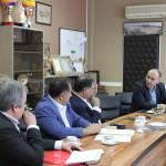 صبح امروز(یکشنبه) نشست بررسی راهکار های توسعه فعالیت های دوجانبه بین مسئولان فدراسیون شنا، شیرجه و واترپلو و سازمان ورزش شهرداری تهران برگزار شد.