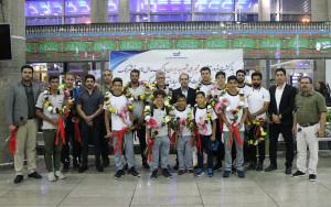 گزارش تصویری-استقبال از کاروان ملی پوشان شیرجه ایران در قهرمانی آسیا