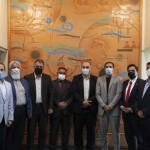 امروز(سهشنبه) نشست مشترکی با حضور مسئولان ورزش کشور افغانستان و فدراسیون شنا در خصوص همکاریهای دوجانبه در حوزه ورزش های آبی برگزار شد.